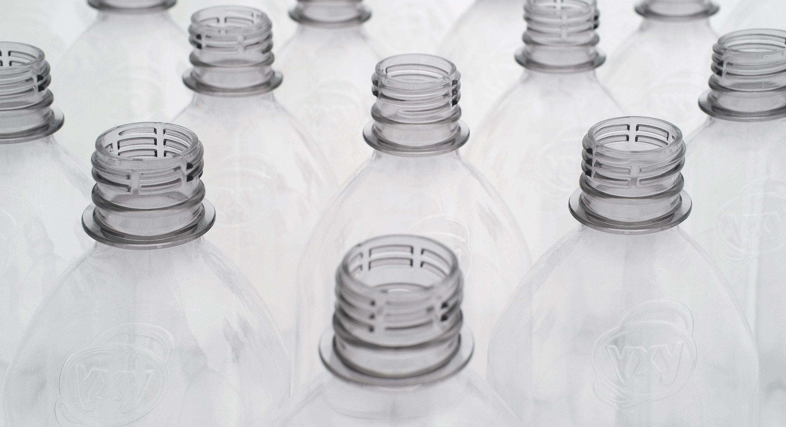 Avantium-Bottles-2578x1400